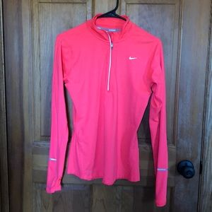 Nike Dry Fit 1/4 Zip, Small